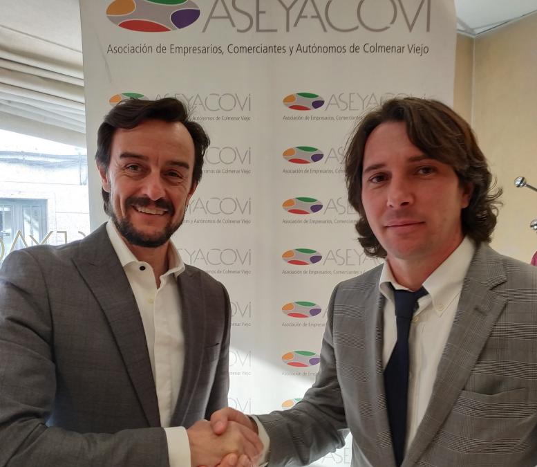 ASEYACOVI firma un acuerdo con ADESLAS, compañía líder en seguros de salud