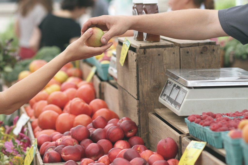 10 ventajas cuando compras en el comercio local de tu barrio
