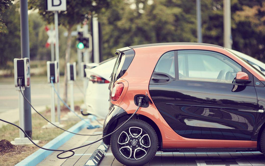 Programa MOVES III: ayudas a la compra de vehículos eléctricos e implantación de infraestructuras de recarga